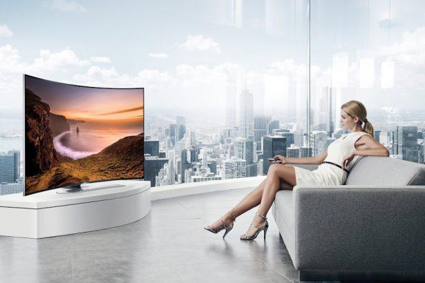 65″ UHD TV