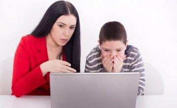 Μη φυσιολογικές δραστηριότητες στο Facebook