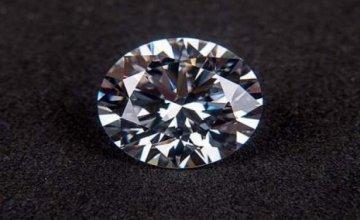 Έτοιμο το θαυματουργό καρβύνιο: Το πιο ανθεκτικό υλικό στον κόσμο – Ξεπερνάει το διαμάντι ή το γραφένιο