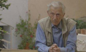 Ο βραβευμένος συγγραφέας Θοδωρής Καλλιφατίδης, το επόμενο πρόσωπο του «Αυτοί που Τόλμησαν» στο Cosmote History