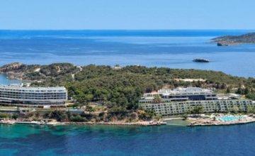 O θρυλικός Αστέρας Βουλιαγμένης θα γίνει το πρώτο Ξενοδοχείο Four Seasons στην Ελλάδα