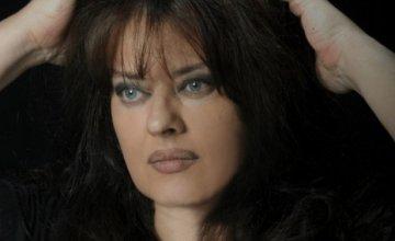 Λίνα Μαρκάκη: «Έχει ηδονή η αυτολύπηση»