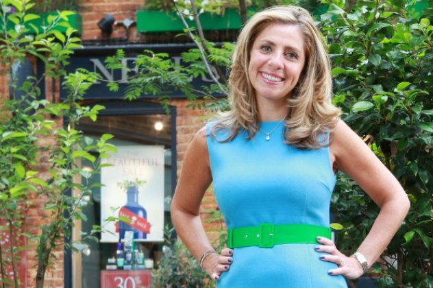 Αυτή η ξανθιά μητέρα 3 παιδιών είναι το μεγάλο αφεντικό του Facebook στην Ευρώπη – Σιχαίνεται να της μιλούν για μόδα…