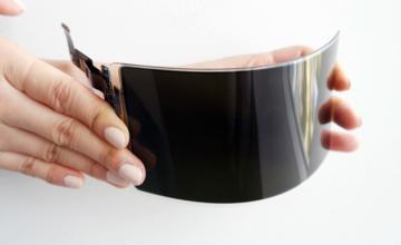Samsung: Η πρώτη οθόνη που δεν «σπάει» είναι γεγονός – Πότε θα ενσωματωθεί σε κινητό τηλέφωνο