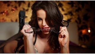 Οι 5 «βρώμικες» ατάκες που θέλει να ακούει μία γυναίκα στο κρεβάτι! – Η 3η θα την απογειώσει