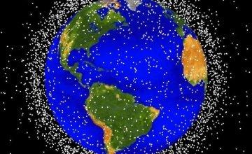 Σοβαρή απειλή για τη Γη τα μεγάλα διαστημικά «σκουπίδια»