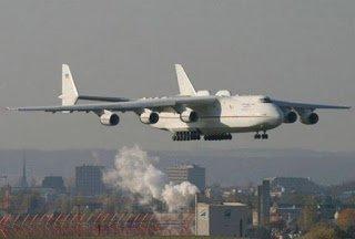 Κι όμως αυτό είναι το μεγαλύτερο αεροπλάνο στον κόσμο