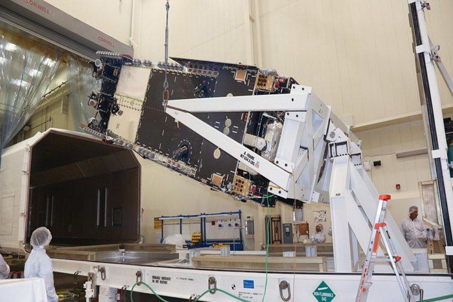 Τον Νοέμβριο η εκτόξευση του δορυφόρου HELLAS SAT 4
