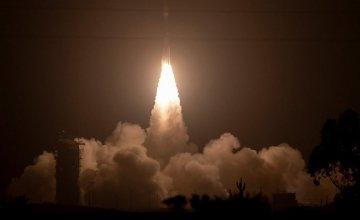 Συμβόλαια της USAF με τρεις εταιρείες για διαστημικούς πυραύλους