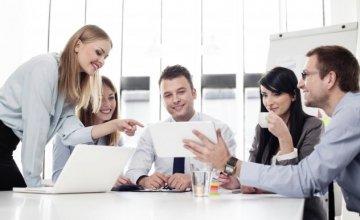 31.500 νέες θέσεις εργασίας με μισθούς έως 1.600 ευρώ σε δημόσιο & εταιρείες