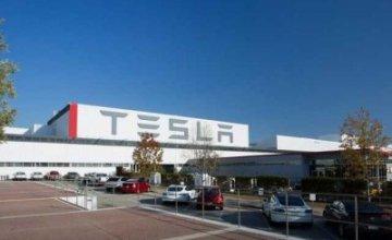 Προσπάθεια δημιουργίας σωματείου από εργαζόμενους της Tesla