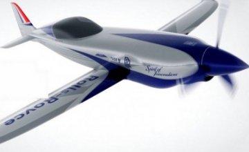 Επεκτείνεται στα ηλεκτρικά αεροπλάνα η Rolls Royce