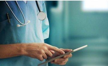 6 στους 10 γιατρούς αντιμετωπίζουν θετικά τις εικονικές τεχνολογίες