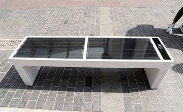 Παγκάκια με wi-fi και usb στο Ηράκλειο