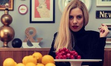 Zαχαρούλα Κληματσάκη: Κάθε τραγούδι που ερμηνεύω το βλέπω πάντα σαν ένα μικρό μονόπρακτο