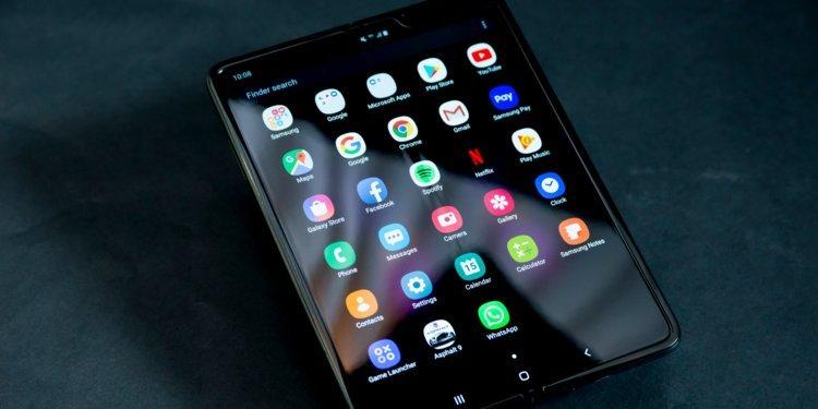 Η Samsung αναβάλει το λανσάρισμα του Galaxy Fold λόγω προβλημάτων στην οθόνη