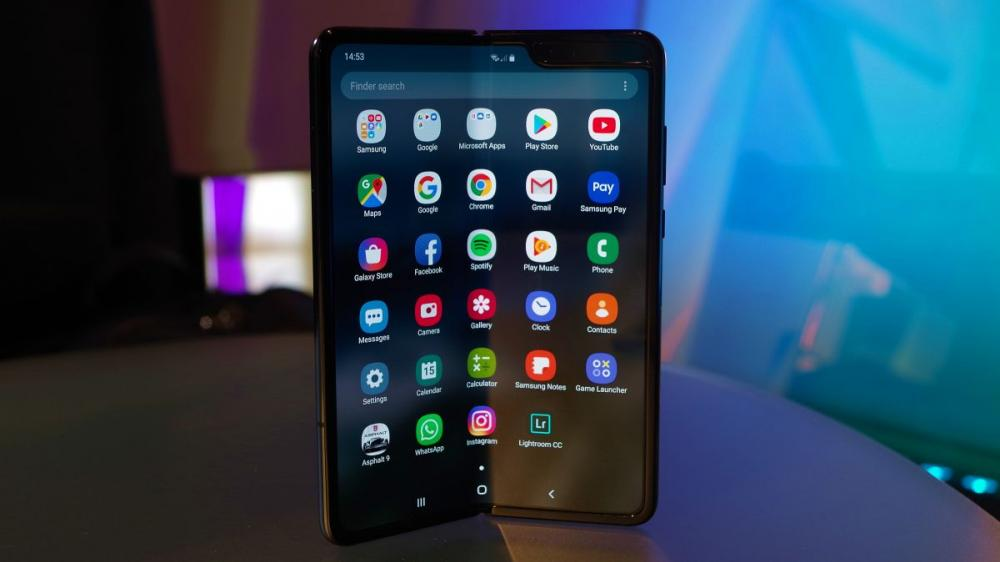 Προβλήματα για το αναδιπλούμενο Galaxy Fold της Samsung