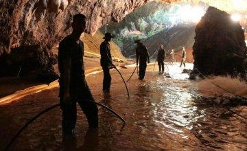 Η διάσωση των 12 παιδιών από τη σπηλιά της Ταϊλάνδης γίνεται μίνι σειρά στο Netflix