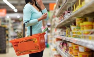 ΦΠΑ 13%: Σε ποια τρόφιμα μειώνονται οι τιμές