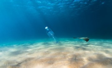 Συμφωνία στον ΟΗΕ για τη διαχείριση των πλαστικών απορριμμάτων