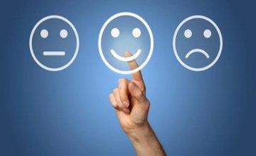 Κατά πόσο τα social media επηρεάζουν την… ευτυχία μας;