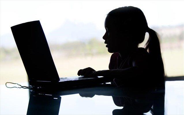Έρευνα: Τα παιδιά γίνονται ενεργοί επισκέπτες ιστοσελίδων ηλεκτρονικού εμπορίου