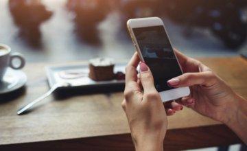 5 τρόποι να προστατέψετε τα κινητά σας από τους χάκερς