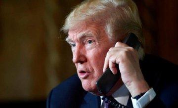Τον Τραμπ ακολουθεί το 19% των Αμερικανών χρηστών του Twitter