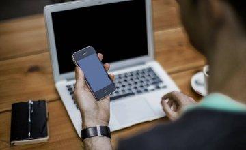 Η Apple ανακοίνωσε μια μεγάλη αλλαγή για τις ζημιές στα προϊόντα της