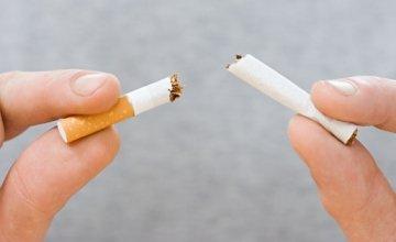 Το κάπνισμα καταστρέφει τα μάτια;
