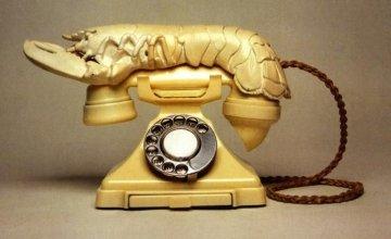 Το διάσημο Lobster Telephone του Salvador Dali δημοπρατήθηκε για 853.000 δολάρια