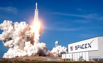 Η Space X εκτόξευσε 60 μικροδορυφόρους και οι αστρονόμοι ανησυχούν