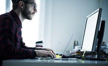 Κίνα: Απομακρύνει όλους τους ξένους υπολογιστές και λογισμικό