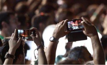 Νέες προσφορές και περισσότερα Data από τις εταιρίες κινητής τηλεφωνίας