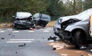 Βασική αιτία τροχαίων ατυχημάτων το κινητό τηλέφωνο