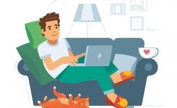 Ενας στους δύο εργαζόμενους ντρέπεται για την online παρουσία του