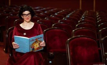 «Η Θεία Λένα πάει όπου υπάρχουν παιδιά»: Η θεατρική δράση του Δημοτικού Θεάτρου Πειραιά, για τα νοσοκομεία της Αττικής