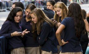 Έρευνα: Το 30% μαθητών Γυμνασίου & Λυκείου συναντιέται με αγνώστους από το διαδίκτυο