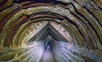 Μια πολύ μεγάλη ανακάλυψη βρίσκεται στην υπόγεια Αθήνα – Τι κρύβεται εκεί και γιατί φοβούνται να το αποκαλύψουν
