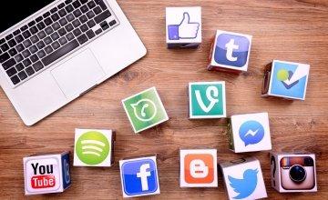 Κύμα αλληλεγγύης στα social media με αφορμή την πανδημία του κορωνοϊού