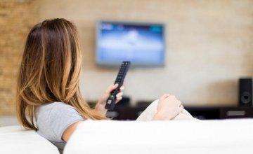 Τηλεόραση: Οι πολλές ώρες στην μέση ηλικία βλάπτουν τη μνήμη