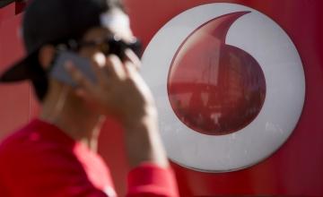 Νέα υπηρεσία επισκευής κινητού με παραλαβή, αντικατάσταση και παράδοση από τη Vodafone