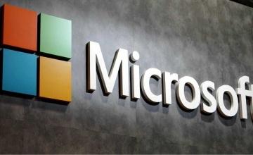 Microsoft: Έτοιμη να κλείσει όλα τα φυσικά σημεία πώλησης