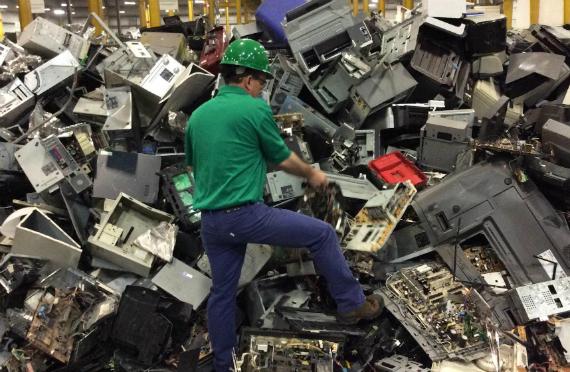 Δεκαεπτά κιλά ηλεκτρονικά απόβλητα παράγει ετησίως ο μέσος Ελληνας