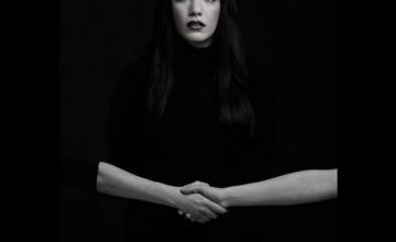 Η μικρού μήκους ταινία «Handshake» της Κατερίνας Σιγάλα ταξιδεύει από Los Angeles μέχρι Ιταλία