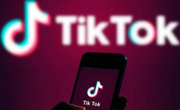 TikTok: «Πόλεμος» Κίνας – ΗΠΑ για τη δημοφιλή εφαρμογή