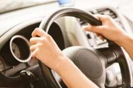 Νέοι και σχολές οδηγών προτιμούν την ηλεκτρονική εφαρμογή για τις άδειες οδήγησης