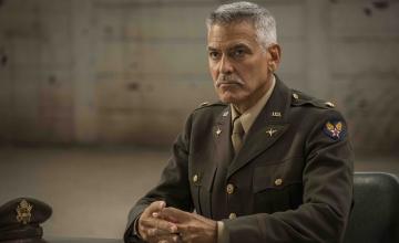 Νέο Box Set: «Catch 22» – Η υποψήφια για 2 Χρυσές Σφαίρες σειρά του George Clooney αποκλειστικά στη Nova!