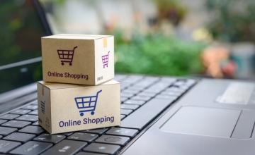 Έρευνα: Ένας στους δύο Έλληνες κάνει online αγορές