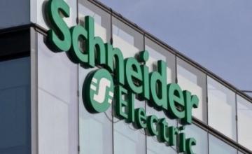 Schneider Electric: Γιατί οι Γάλλοι τράβηξαν την «πρίζα»